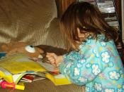 Laurel coloring in a Pooh magazine