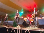 Sloan performing at the Sudbury Summerfest 2007 in Sudbury, Ontario, Canada
