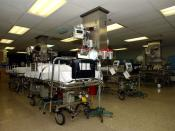 English: The Arabian Gulf (Mar. 9, 2003) -- The patient recovery room aboard the hospital ship USNS Comfort (T-AH 20) allows 20 patients to stabilize after receiving general anesthesia after surgery. Comfort is currently deployed in support of Operation E