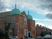 English: Imam Khoei Islamic Centre, Queens Park This is a converted synagogue http://www.20thcenturylondon.org.uk/server.php?show=conObject.7946 on Chevening Road, NW6. The Al-Khoei Foundation is an international Islamic charitable organisation for the we