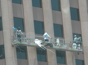 English: Window Cleaners on Wedge International Tower in Houston Category:Images of Houston, Texas