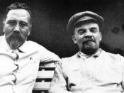 English: Lev Borisovitch Kameniev and Vladimir Ilyich Lenin about 1922 Deutsch: Lew Borisowitsch Kameniew und Wladimir Iljitsch Lenin um 1922