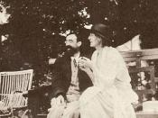Lytton Strachey and Virginia Woolf.