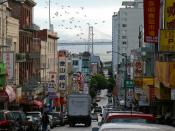 English: China Town in San Francisco, CA. In the background you can see the Bay Bridge. Deutsch: China Town in San Francisco, Kalifornien. Im Hintergrund die Bay Bridge.