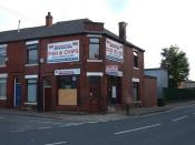 English: Fish & Chip Shop, Castleton Situated at the corner of Queensway and Sherwood Street. It has a large customer base at the nearby Trading Estates.
