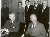 English: John Diefenbaker and Dwight Eisenhower at the signing of the Columbia River Treaty, January 1961