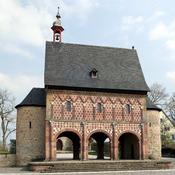 English: The Königshalle (Kingshall) of Lorsch Abbey Deutsch: Die Königshalle des Kloster Lorsch
