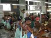 English: People at work in a cigar factory in Trinidad, Cuba.