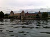 English: The castle of Rolle in Switzerland. Français : Le château de Rolle en Suisse.