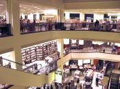 English: The interior of the Barnes & Noble located at The Grove at Farmers Market. Photographed and uploaded by user:Geographer