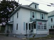 English: His third of several homes growing up in the West Centralville section of Lowell, Jack Kerouac later referred to 34 Beaulieu Street as