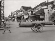 Hanoi in the 1930s - Ngã tư Phố Nguyễn Hữu Huân (Rue Maréchal Pétain) với Phố Hàng Mắm (Rue de la Saumure)