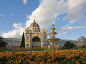 English: A view of the south-facing side of the Royal Exhibition Building in Melbourne, Australia. It was built in 1880 and is the first building to be given a World Heritage Site listing in Australia. This image was taken with a Canon 5D and 17-40mm f/4L