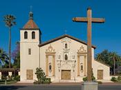 English: Mission Santa Clara de Asís, on the campus of Santa Clara University in California. Français : La mission Santa Clara de Asís, sur le campus de l'Université de Santa Clara, en Californie (États-Unis).
