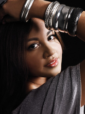 English: Australian R&B singer Jessica Mauboy