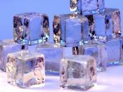 English: Ice cubes