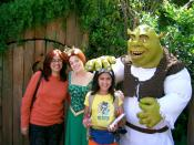 English: Shrek and Fiona like their subjects