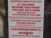 English: Notice excluding duty of care to farm visitors This notice is outside Rennard Pig Farm at Deeps, but it is a standard notice seen on many farms in Ireland.