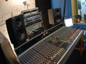 English: Allen and Heath GS3000 valve-preamp mixing console installed at the Furnace Recording Studio in Bulgaria. (http://www.residential-recording-studio.com)