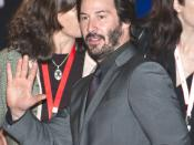 Keanu Reeves leaving the press conference for