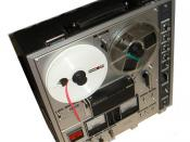 Image of a Sony TC-630, a reel-to-reel recorder, taken by myself (Nixdorf). Nixdorf 20:22, 20 Jun 2004 (UTC)