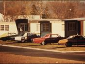MOBILE HOMES IN ONE OF TWO MOBILE HOME PARKS. THEY WERE CREATED IN RESPONSE TO WORKERS WHO ARRIVED FOR JOBS IN THE... - NARA - 558300