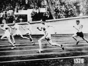 Percy Williams of Canada (fourth from left) competing in the men's 200 metres race during the VIIIth Summer Olympic Games / Percy Williams (quatrième à partir de la gauche), du Canada, prenant part à l'épreuve du 200 mètres hommes, lors des VIIIe Jeux Oly