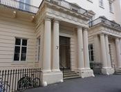 English: The entrance to the Royal Society.