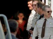 English: Timothy McVeigh about to be led out of a Perry, Oklahoma courthouse two days after the Oklahoma City bombing.