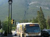 English: A local bus operated by Roam, running a route 1 service along Banff Avenue in Banff, Alberta, Canada.