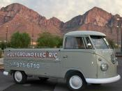 English: 1961 Type II Volkswagen Type II pickup truck owned by a Tucson electrician, used for electrical contracting work.