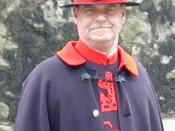 English: Beefeater at the Tower Of London, taken by Adrian Barnett with digital camera.