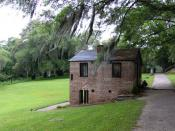 English: The springhouse and chapel at Middleton Place, near Charleston, South Carolina, USA.