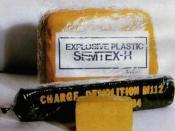 English: Semtex H plastic explosive