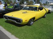 Top Banana Roadrunners were made from 1968-80. based on the Mopar B body, complete with Beep Beep horn. aimed at the younger market; basic trim but big horsepower. Engnes; 340, 383, 440 6 pack or 426 Hemi