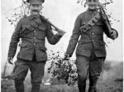 English: CHRISTMAS AT THE FRONT: BRITISH SOLDIERS BRINGING IN MISTLETOE.
