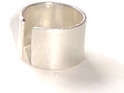 Band made of silver