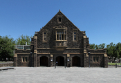 English: The Front Entrance of Memorial Hall, Melbourne Grammar School