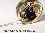 English: This is the first pacemaker to ever be implanted. (In 1958)