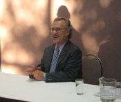 English: Stephen Lewis while signing books in Prince George, British Columbia