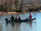English: Bass boat, aluminum, on High Rock Lake