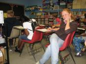 English: Students in an elementary school classroom