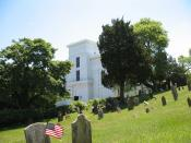 English: Whalers Church and Old Burial Ground in Sag Harbor, New York. The steeple toppled in the Great Hurricane of 1938 and the old burial ground was a British fort that was attacked in Meigs Raid during the American Revolution. Photo by poster in June