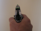 English: Handgun showing self lighting Tritium sights. These sights are commonly referred to as night sights and allow use in low-light and night conditions.