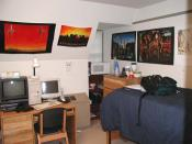 My sophomore dorm room. (Sharp hall, University of Delaware) Picture taken Fall, 2002... I hereby release it under the GFDL.