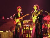 Bob Dylan and The Band touring in Chicago, 1974 (Left to right: Rick Danko (bass), Robbie Robertson (guitar), Bob Dylan (guitar), Levon Helm(drums))