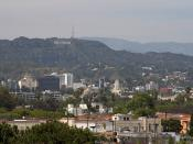English: The Hollywood sign seen from the farmers market in los angeles.