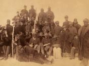 English: Buffalo soldiers of the 25th Infantry, some wearing buffalo robes, Ft. Keogh, Montana Italiano: