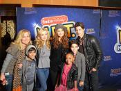 KB & Cast of Jessie_0044