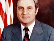 English: Vice President Walter Mondale
